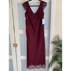 NWT: Patra Burgundy Formal Dress